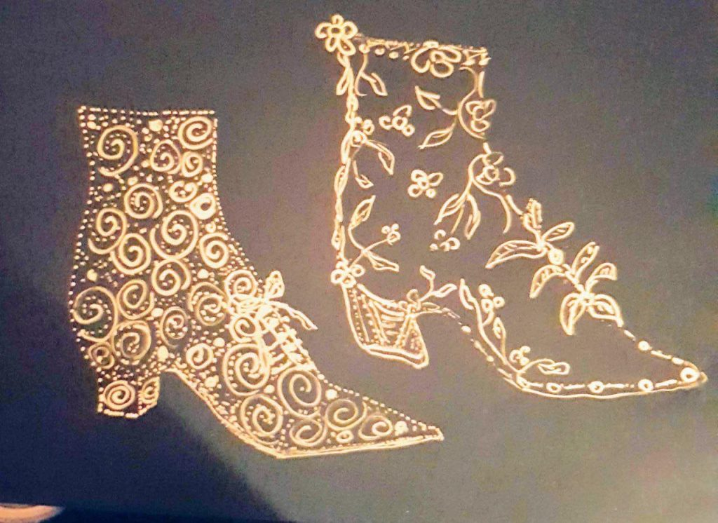 Goldene Schuhe 1 - Graphik, Gisela Kentmann